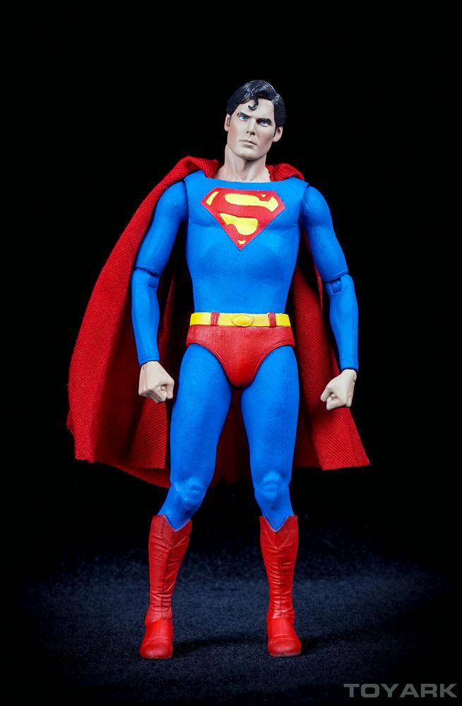 NECA-7-Inch-Superman-012